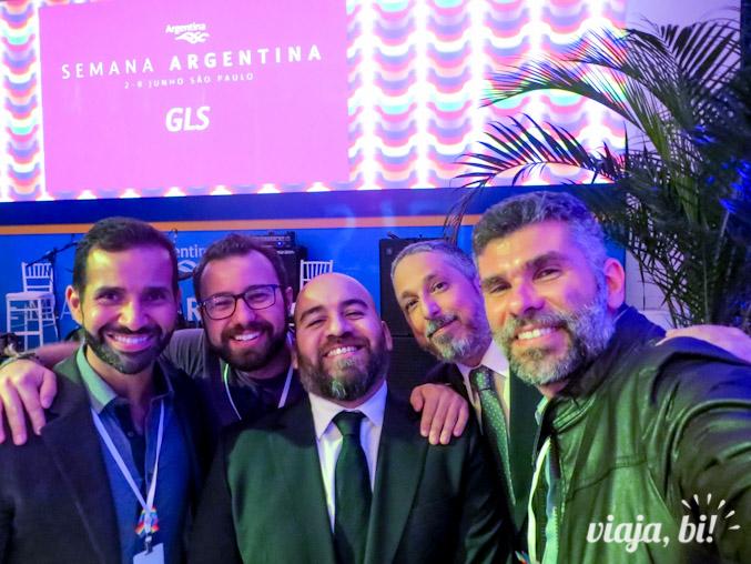 Cleber, Rafa e eu com os super queridos representantes da Camara de Comercio Gay e Lesbica da Argentina