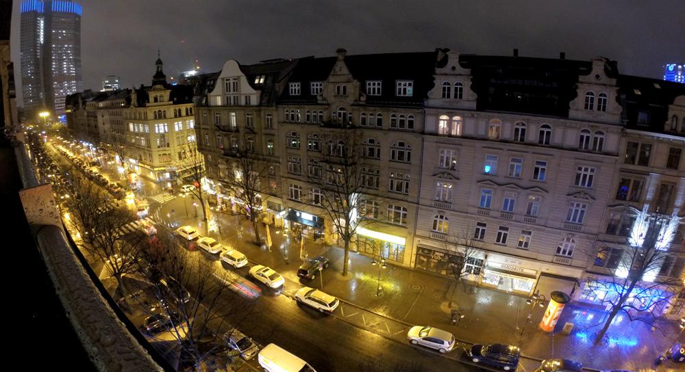 Noite gay em Frankfurt: Kaiserstraße, a rua do meu hostel