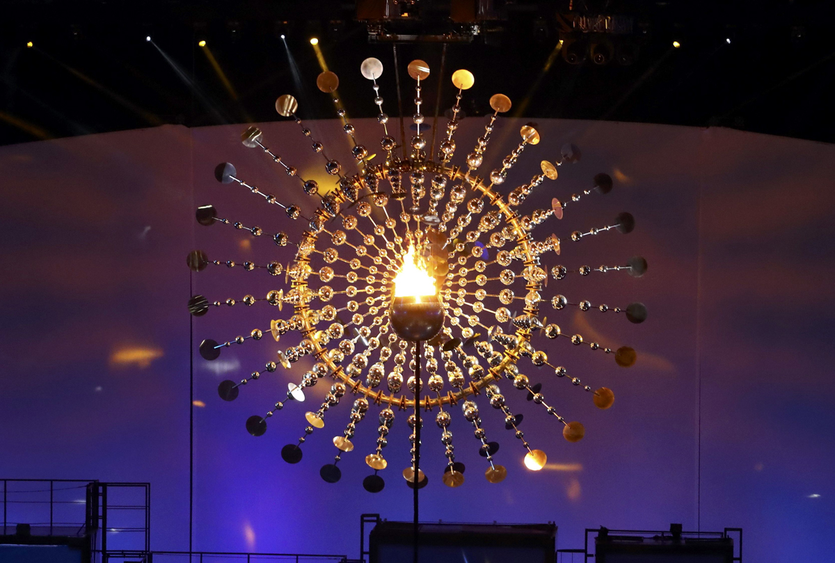 2016 Rio Olympics - Opening ceremony - Maracana - Rio de Janeiro, Brazil - 05/08/2016. The Olympic Flame is seen lit. REUTERS/Lucy Nicholson