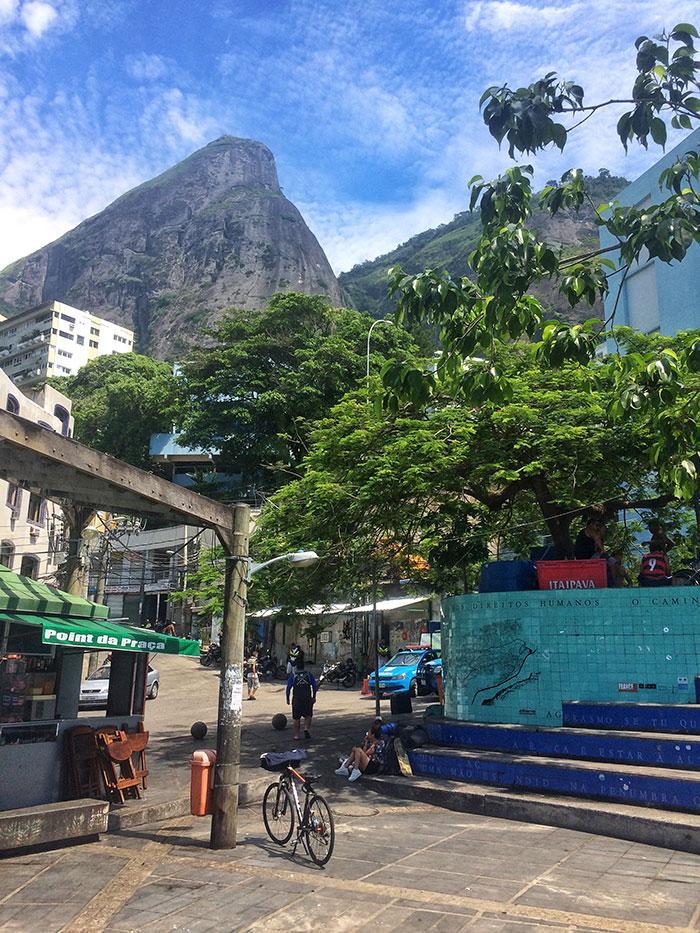Trilha Morro Dois Irmãos, Rio de Janeiro - Foto: Jeff Slaid