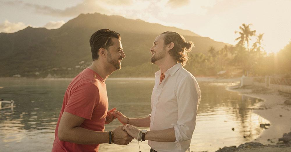 Jeff e Thom formam um dos casais que estrela a campanha do Taiti - Foto: Divulgação