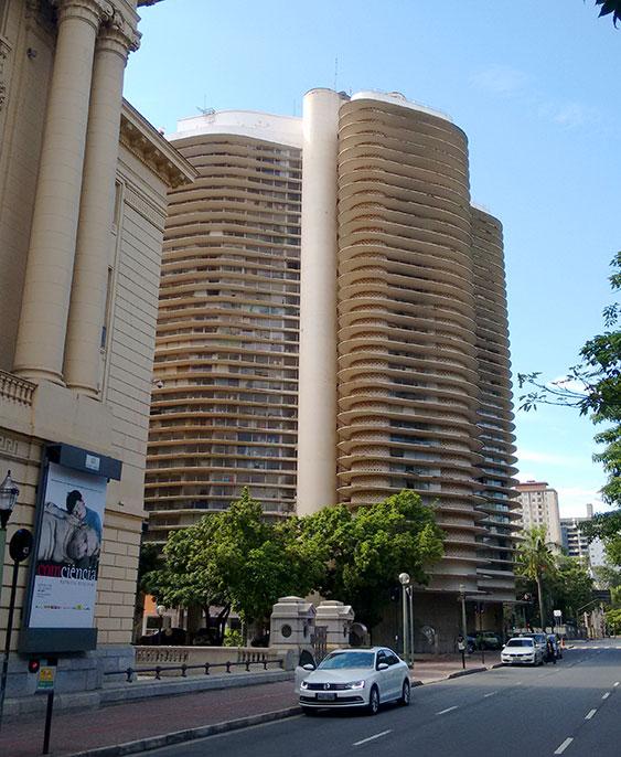 Turismo em Metrópole: Edifício Niemeyer é destaque em Belo Horizonte - Foto: Clovis Casemiro