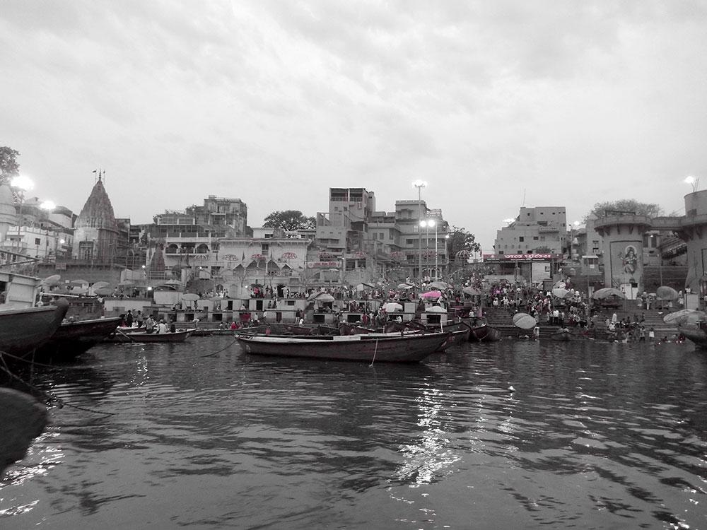 Varanasi, um museu a ceu aberto - Foto: Antonio & André
