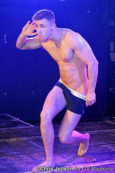 Balada gay em Londres: g-a-y_pornidol_cjp9725-qxmagazine