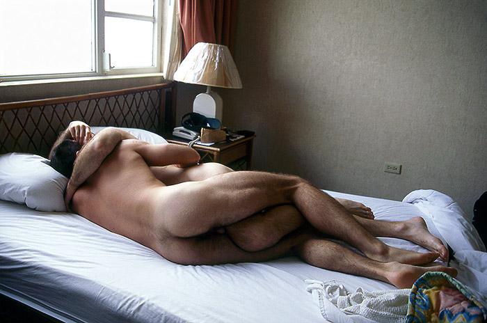 Hotel Room Portraits: Aquele dia de 1999 em Porto Rico estava muito quente