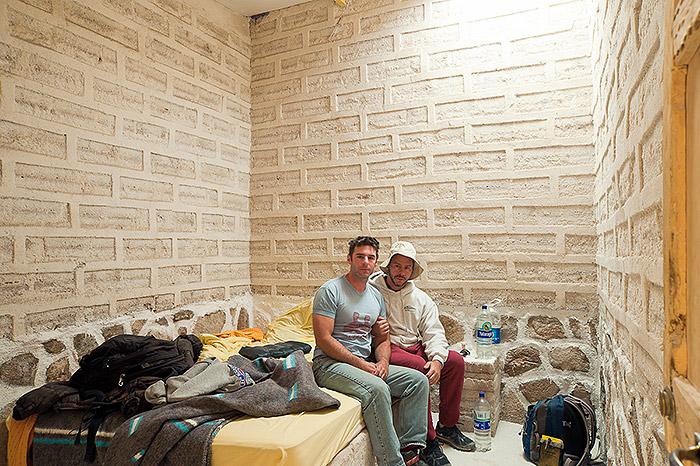 Hotel Room Portraits: Um hotel todinho feito de sal, na Bolívia, em 2012, o mesmo que eu conheci esse ano