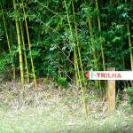 Placa indica o início da trilha - Foto: Emerson Lisboa / Viaja Bi!