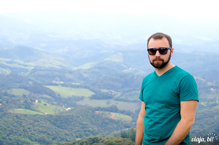Posando de galã no Pico Agudo, em Santo Antônio do Pinhal - Foto: Emerson Lisboa / Viaja Bi!