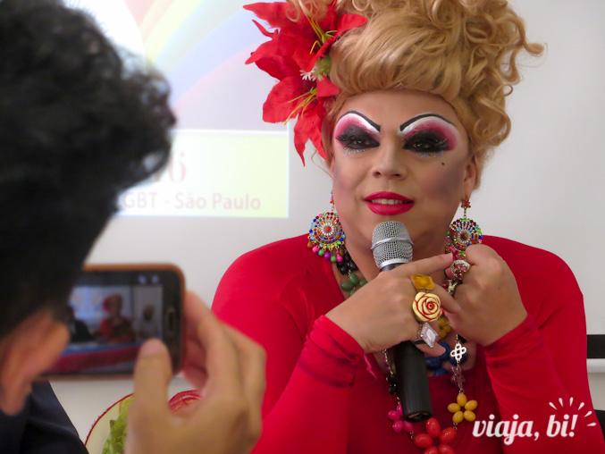 """A drag queen Tchaka pediu a colaboração de todos em torno dos mesmos objetivos: """"chega de fogo amigo"""""""