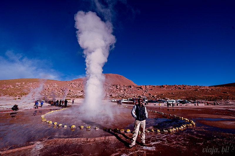 Atacama Gay: No passeio dos Geysers El Tatio faz muito frio, mas os geysers saem a 85ºC - Foto: Juan Maureira