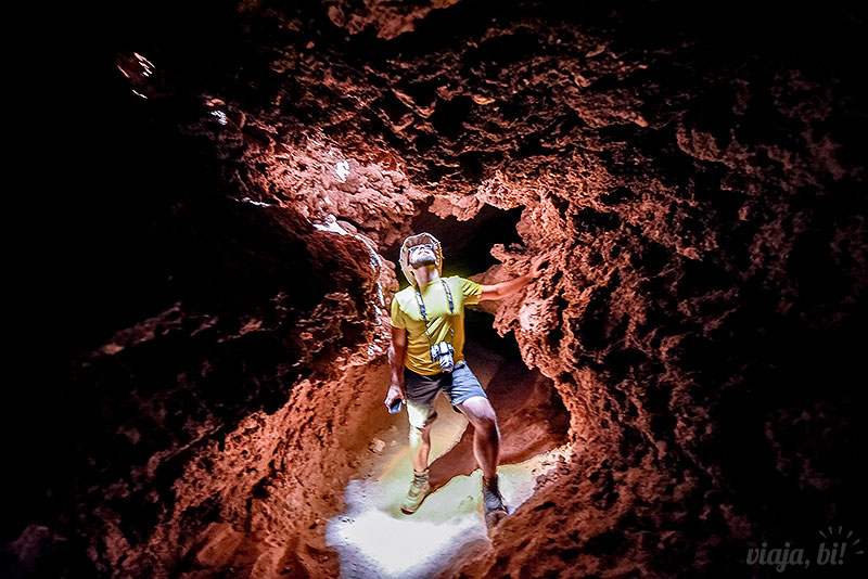 Atacama gay: Fazendo a Tomb Raider nas Cavernas de Sal, no Valle de la Luna - Foto: Juan Maureira