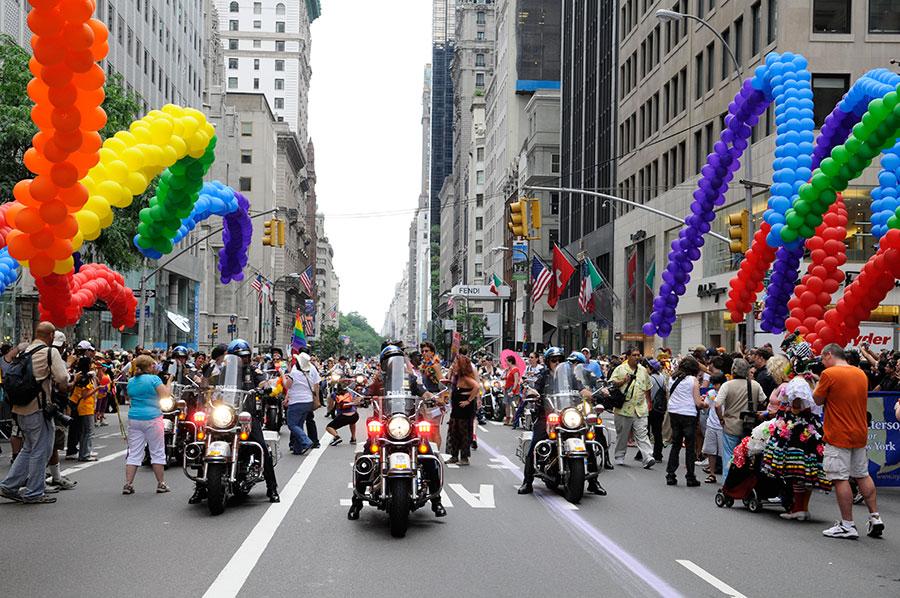 Pride March é o principal dos eventos gays em Nova York - Foto: Julienne Schaer