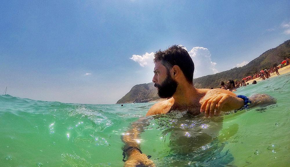 Praia de Itacoatiara, em Niterói (RJ)