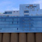 Fachada do hotel Puerto Norte Design Hotel, em Rosário, na Argentina