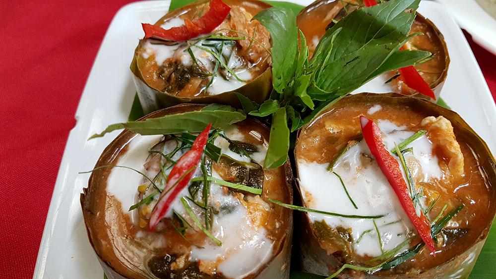 Gastronomia é uma das 5 razões para amar Phnom Penh, com Khmer, de Fish Amok - Foto: Marta Dalla Chiesa