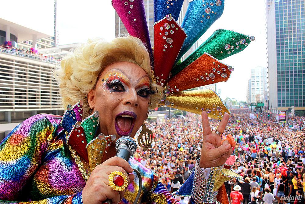 A drag Tchaka foi a apresentadora oficial da Parada desse ano