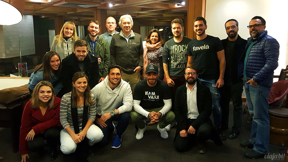 Nosso grupo com Felipe Titto e a diretoria do Valle Nevado