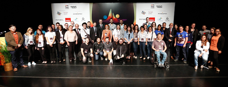 Parte dos participantes da 1ª Conferência Internacional da Diversidade e Turismo LGBT - Foto: Ricardo Cardoso