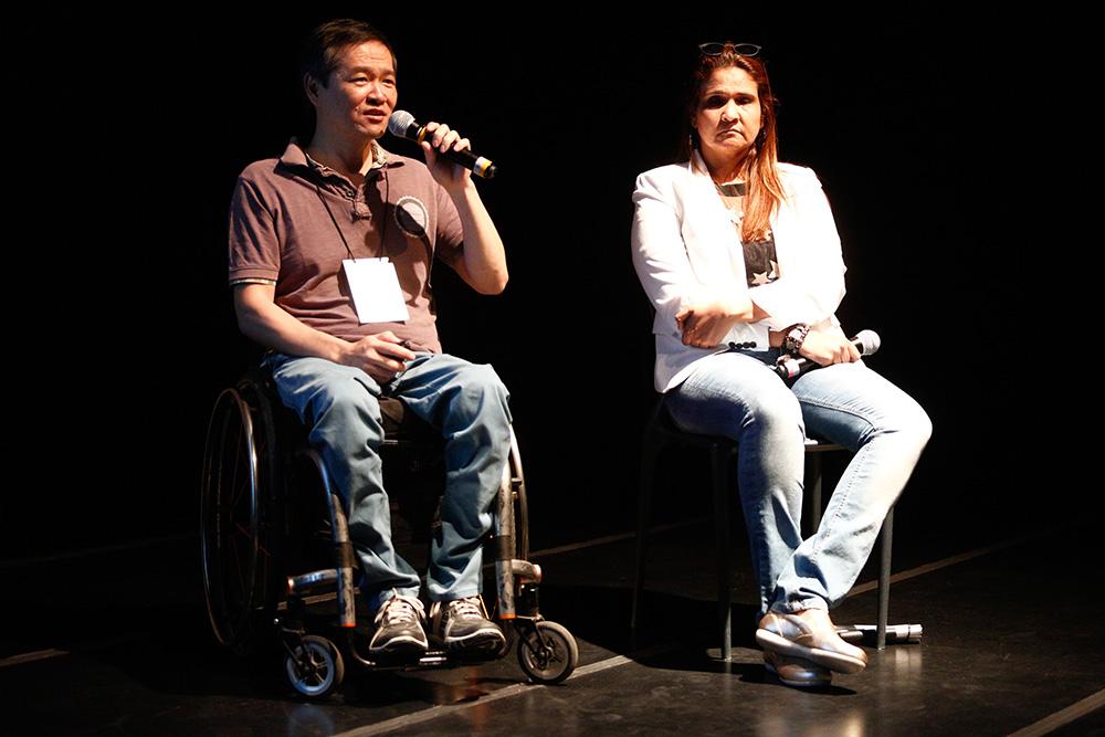 Ricardo Shimosakai e Simone Freire Belo falam de turismo adaptado na 1ª Conferência Internacional da Diversidade e Turismo LGBT - Foto: Ricardo Cardoso