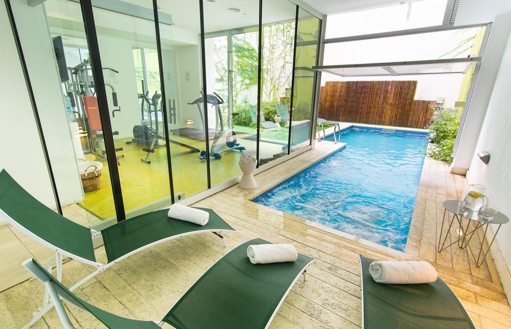 Hotel em Palermo: Área da piscina e academia do Vitrum Hotel - Foto: Divulgação
