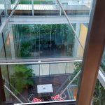 Hotel em Palermo: O elevador do Vitrum Hotel é panorâmico na área dos quartos