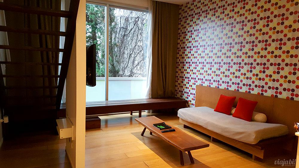 Hotel em Palermo: Um dos quartos baphônicos do Vitrum Hotel (não o meu)