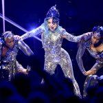Enigma, um dos shows residentes de Lady Gaga em Las Vegas em performance em Miami - Foto: Theo Wargo/Getty Images for AT&T